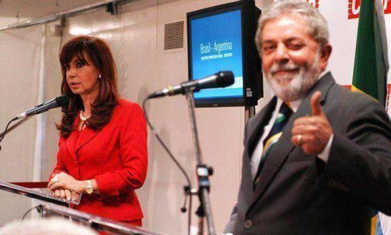 La Presidente volvió al país luego de su visita a Brasil