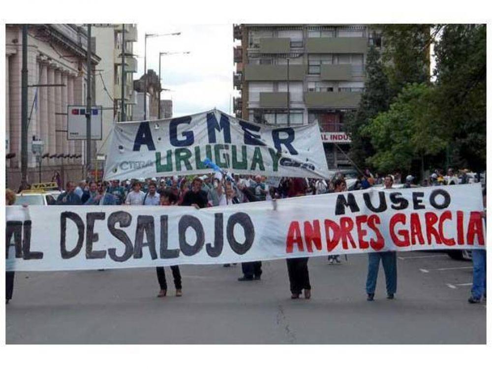 Cuatro gremios se movilizaron en Concepción por aumentos salariales
