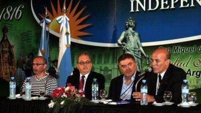 Presentaron un libro sobre Belgrano en la Intendencia