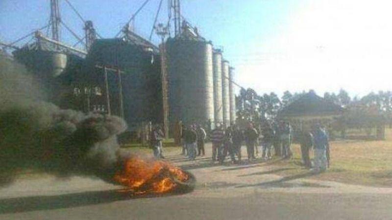 Trabajadores de Calimboy se movilizaron y no descartan cortes de ruta