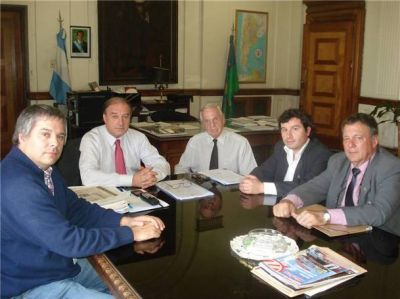 Concejales radicales reclamaron a Ferrobaires por el tren