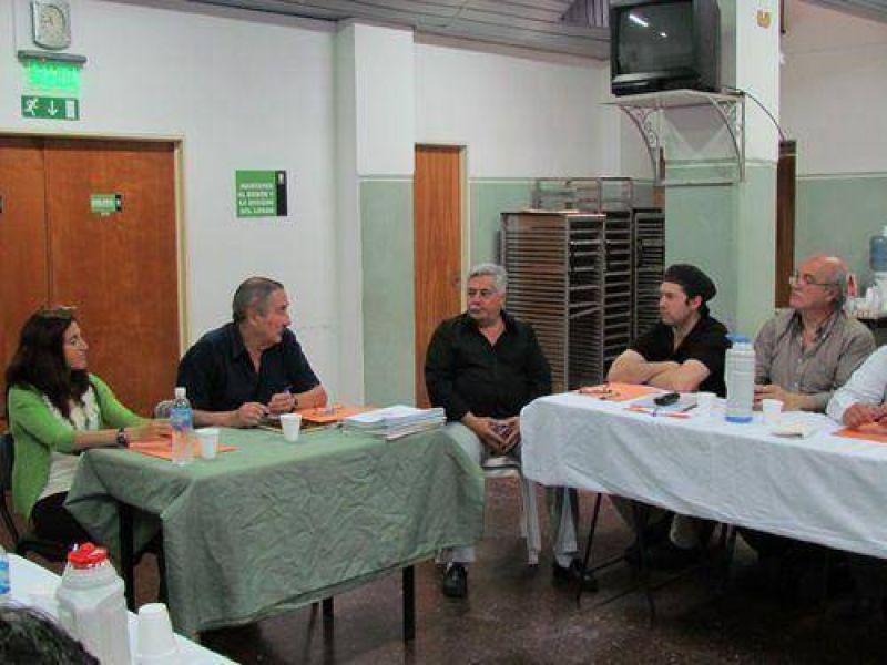 Jornadas de capacitación laboral en el Sindicato de Pasteleros