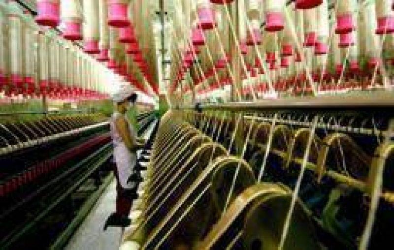 Advierten sobre nuevas suspensiones y despidos en el sector textil