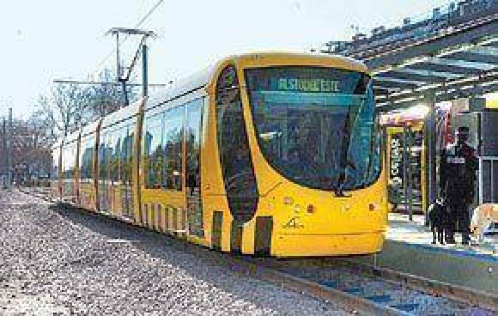 Consuelo para Alstom: en vez del tren bala hará 15 tranvías