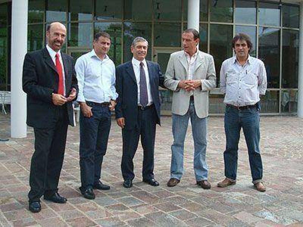 SAN VICENTE   GESTIÓN    Di Sabatino se reunió con Depetri para impulsar la creación de cooperativas