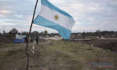 Pirayuí: a cuatro meses de la toma okupas persisten en reclamo por tierras