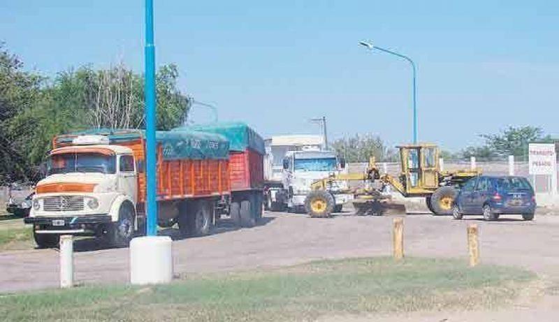 Transportistas amenazan con m�s bloqueos