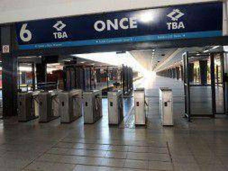 Trenes: Paro sorpresivo en la L�nea Sarmiento