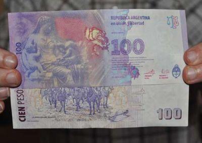 En Olavarría algunos comerciantes evitan los nuevos billetes de 100 pesos