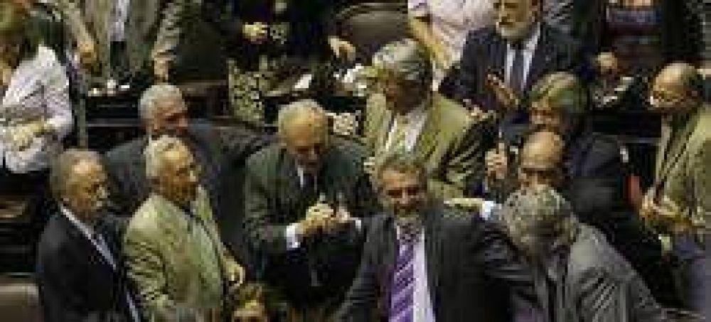 El oficialismo confía en aprobar el adelantamiento de las elecciones