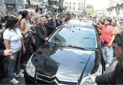 Una multitud despidió con dolor a Leonardo Favio, un artista entrañable