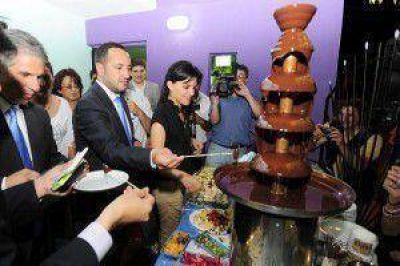 El Gobernador inauguró dos nuevas empresas de jóvenes empresarios