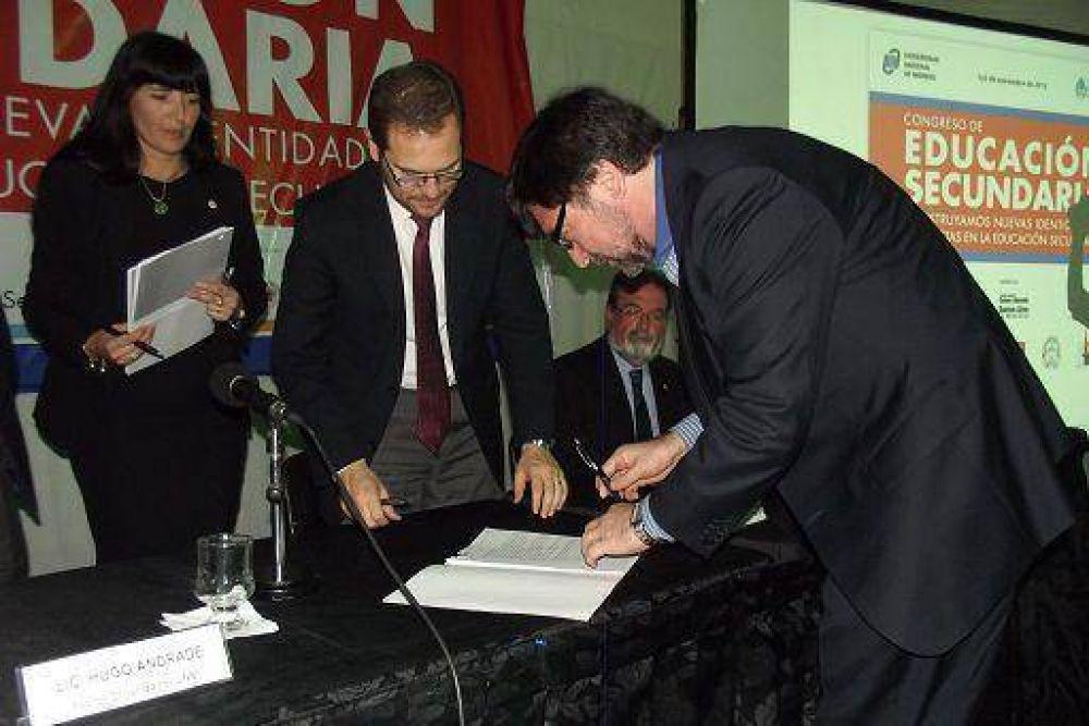 Avellaneda: la UNDAV firmó convenio en el marco del PROUN 2012