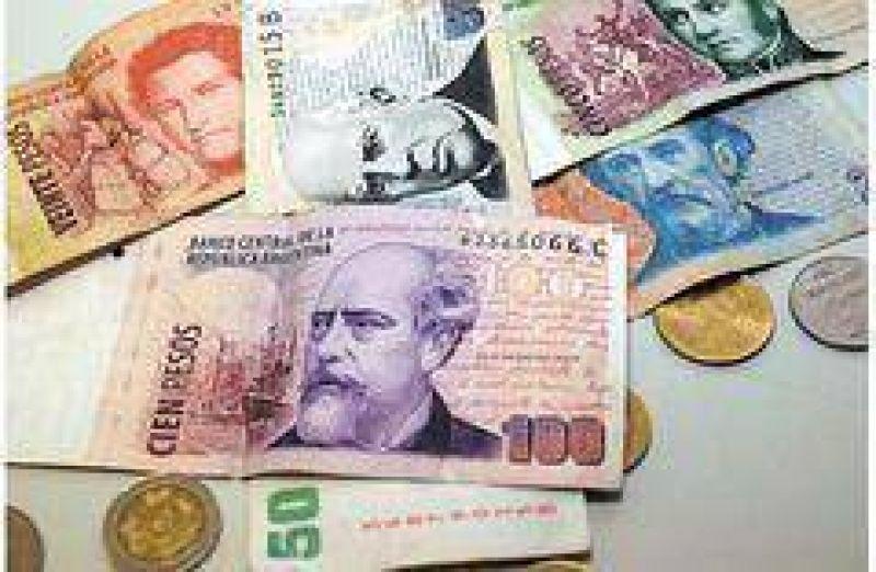 Estudian lanzar nuevos billetes con la cara de Borges, Piazzola y Leloir