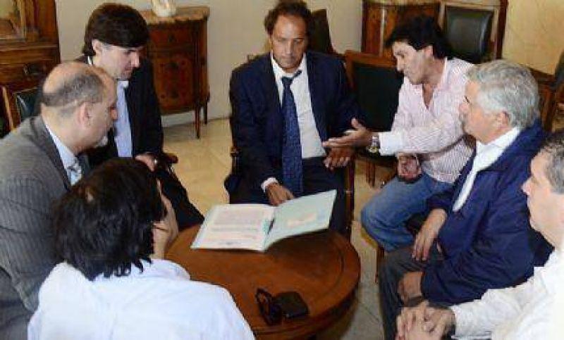 La cúpula de la CGT marplatense se reunió con Scioli y enfatizó el pedido de que las clases comiencen en marzo