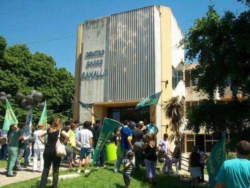 Los trabajadores de ATE y Cicop reclamaron aumento salarial