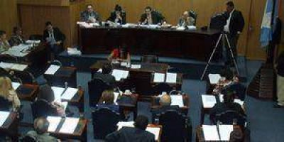Cruces entre oficialismo y oposición por el nuevo Código Tributario