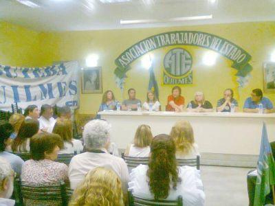 Plenario y marcha del Frente de Gremios Estatales local