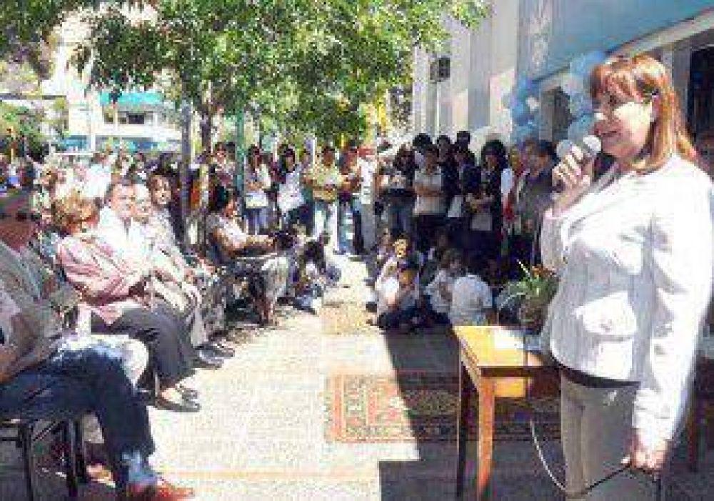 La Biblioteca Alberdi celebró su 84º aniversario