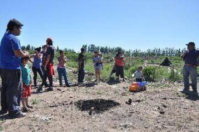 Unas 100 familias ocuparon un terreno en Cipolletti