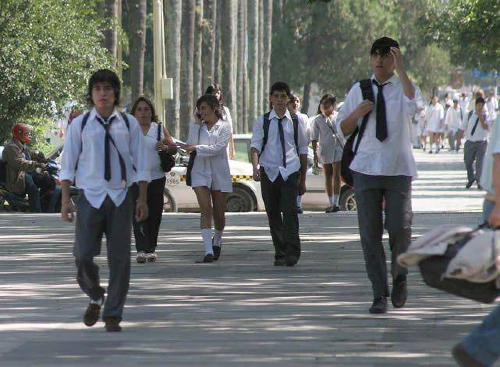 Los gremios docentes piden que las clases finalicen a más tardar el 14 de diciembre