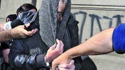 Una periodista detenida por el secuestro y abuso de una mujer