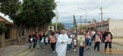 Se celebró la tradicional procesión en honor a la Virgen de Guadalupe