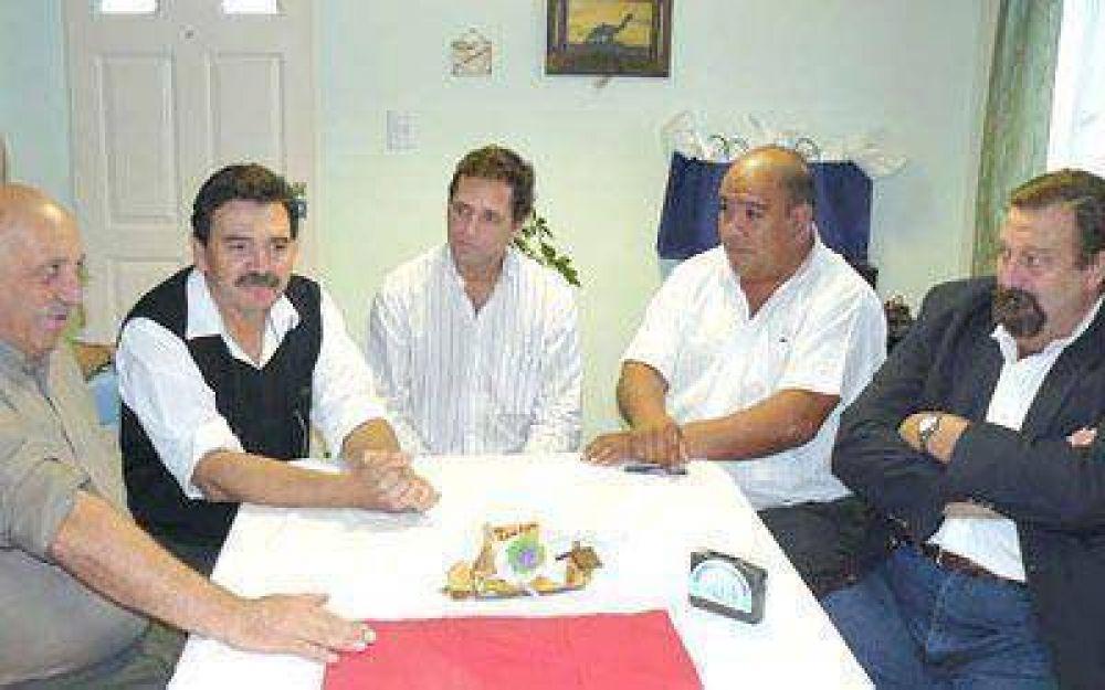 Firman convenio para instalar parque eólico en Koluel Kayke.