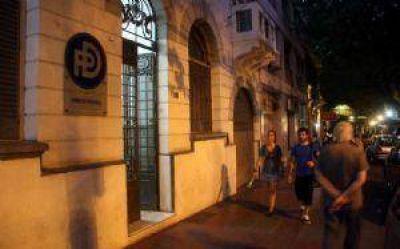 El PD en crisis por juicio millonario