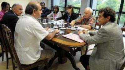 Médicos reclaman por una Ley de Insalubridad