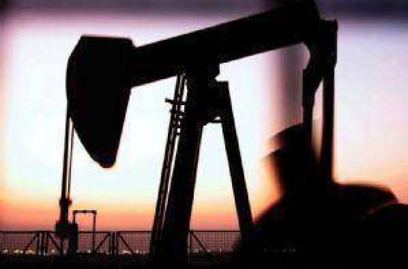 A 10 meses de adjudicadas, no hay avances en las áreas petroleras