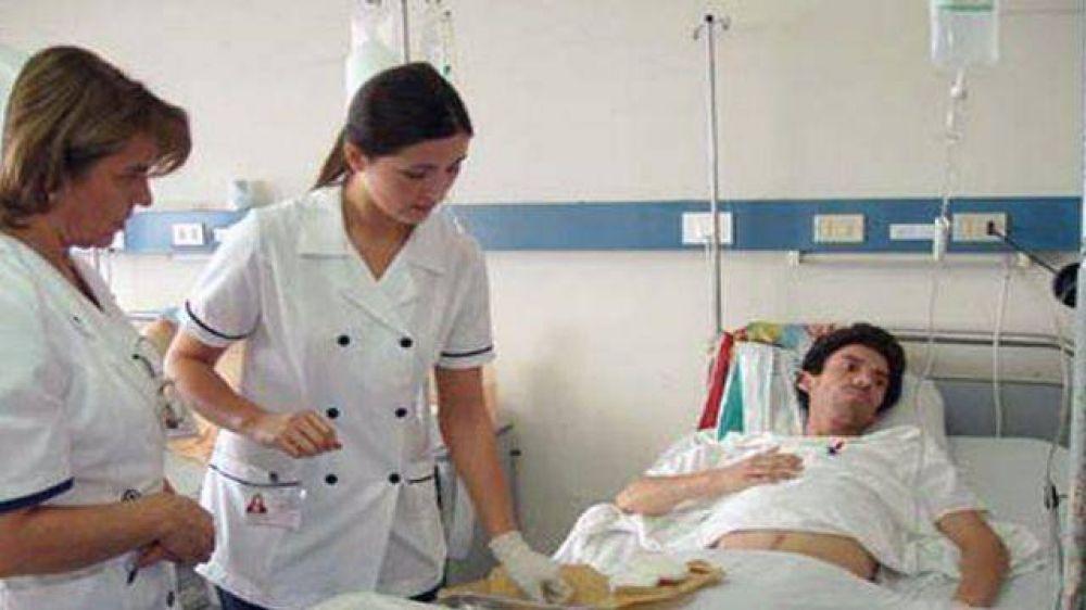 Gremio cuestionó el proyecto de colegiación de enfermeros