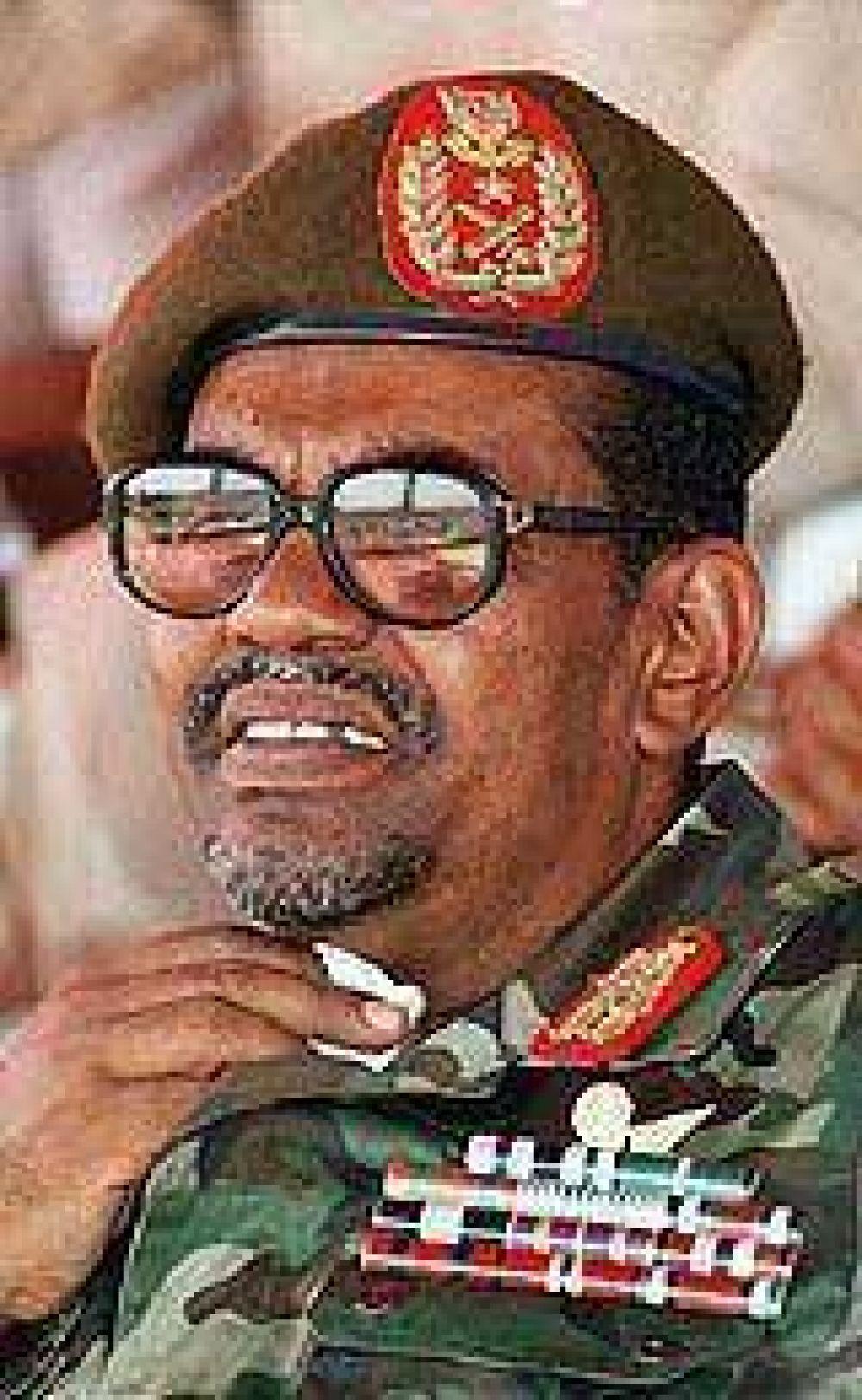 Presidente de Sudán desoyó otra vez a la Haya y salió del país