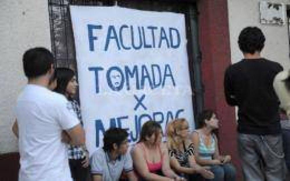 La asamblea de la filial de Artes de Aguilares tiene la palabra
