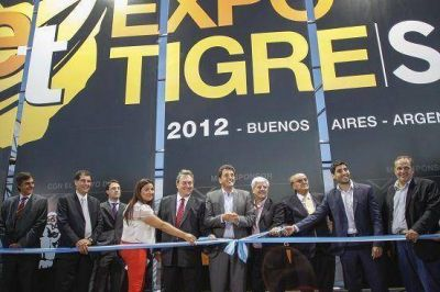 Massa inauguró Expo Tigre 2012
