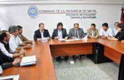 Gobierno e Intergremial docente firmaron el acta acuerdo por el aumento salarial del 23,5%