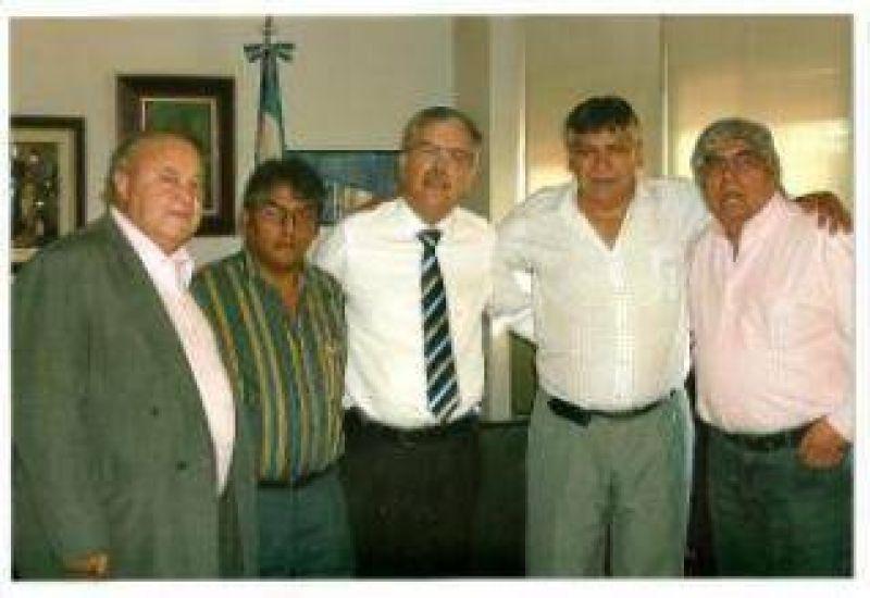 Importante reunión con ministro De Vido y Moyano por la situación de Aceros Zapla.