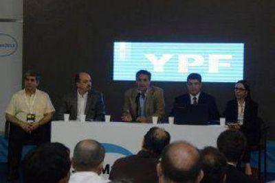 San Martín impulsa que las PyMEs sean proveedoras de YPF