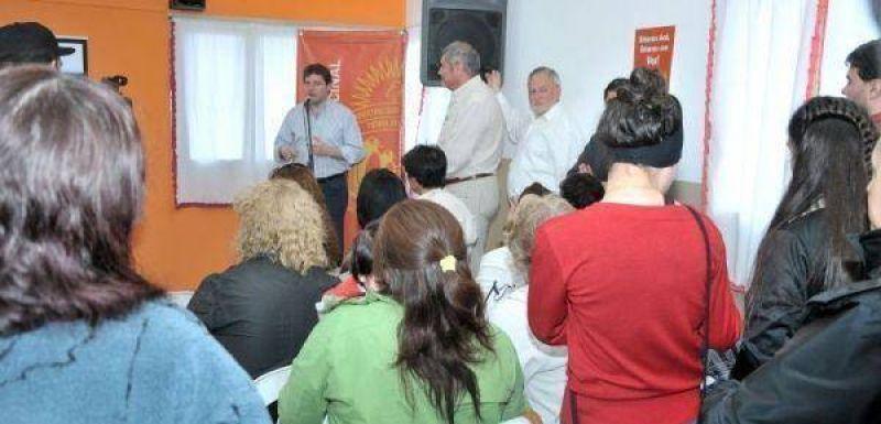 Melella encabez� el lanzamiento del programa de participaci�n vecinal en el barrio CGT