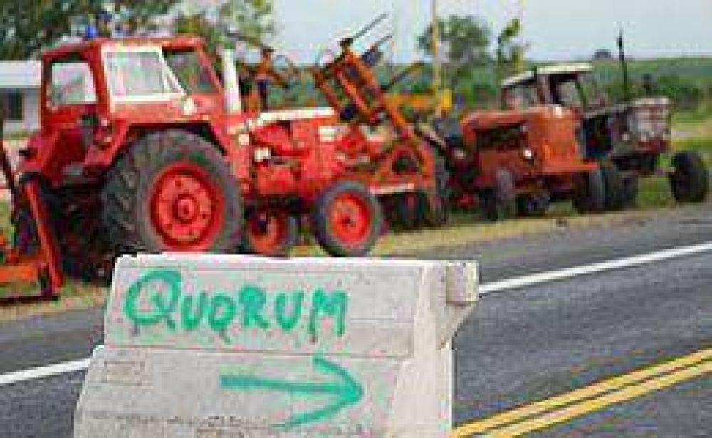 Con cruces y focos de tensión se cumplió otra jornada del paro rural