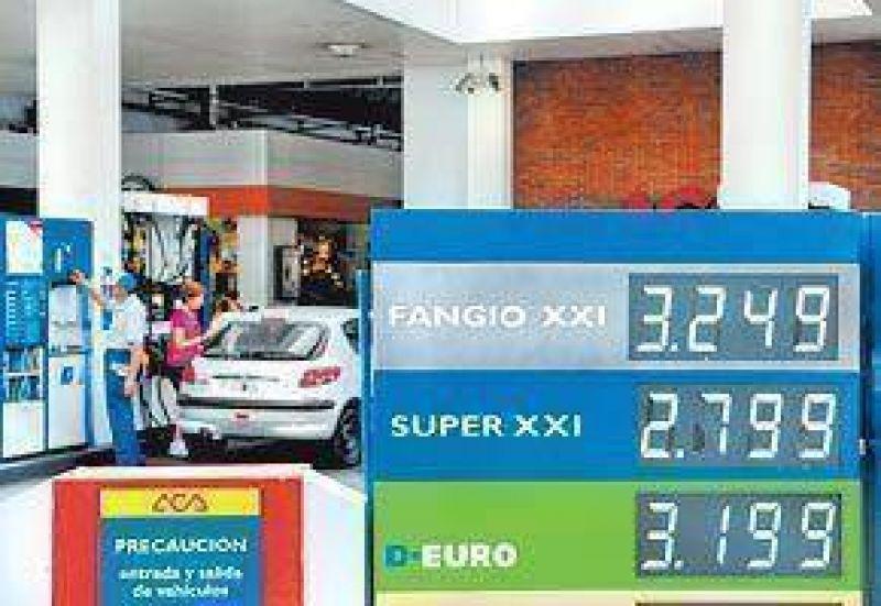 El aumento de las naftas llegó a todos los surtidores del país