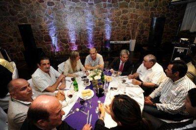 Potrero de los Funes: el Gobernador cenó con autoridades de federaciones deportivas de Argentina