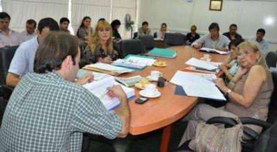 Diputados convocan a debatir la reforma tributaria