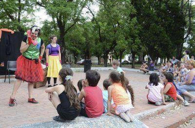 """Lanús: cientos de chicos disfrutaron de """"los sábados en mi barrio"""""""