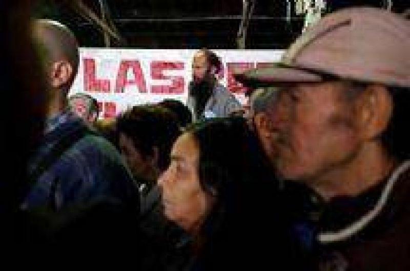 Una manifestante de El Galp�n fue detenida y luego liberada por la presi�n de los vecinos