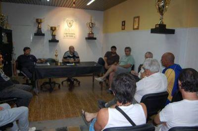 El fútbol nicoleño debate sobre la cobertura policial