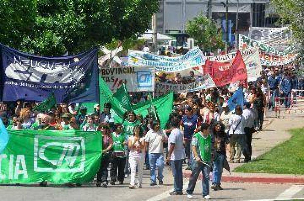 Dos actos y un mismo reclamo en Neuquén