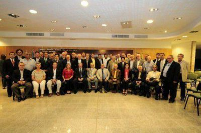 El Gobierno firmó convenios con federaciones deportivas nacionales y el Comité Paralímpico Argentino