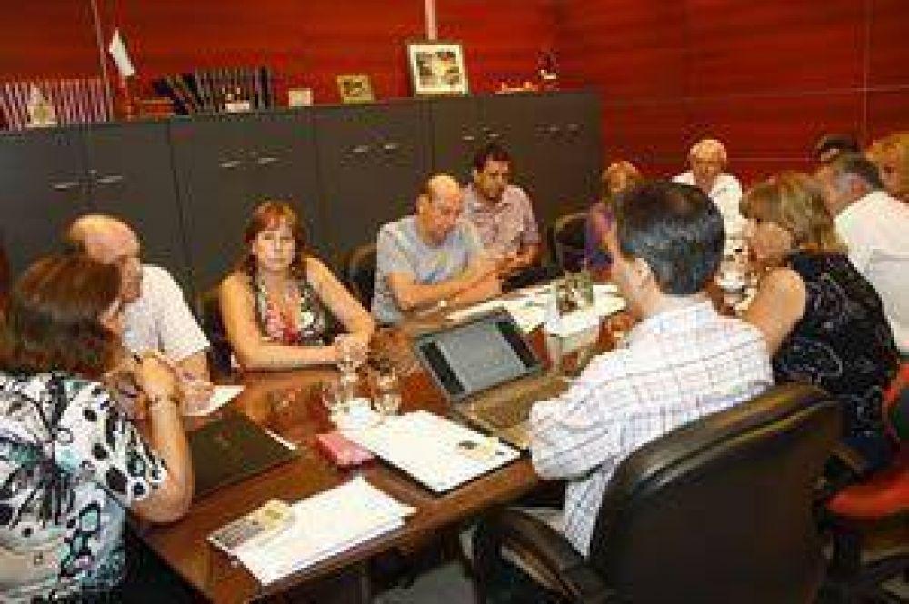 UPCN podrá participar de paritarias docentes
