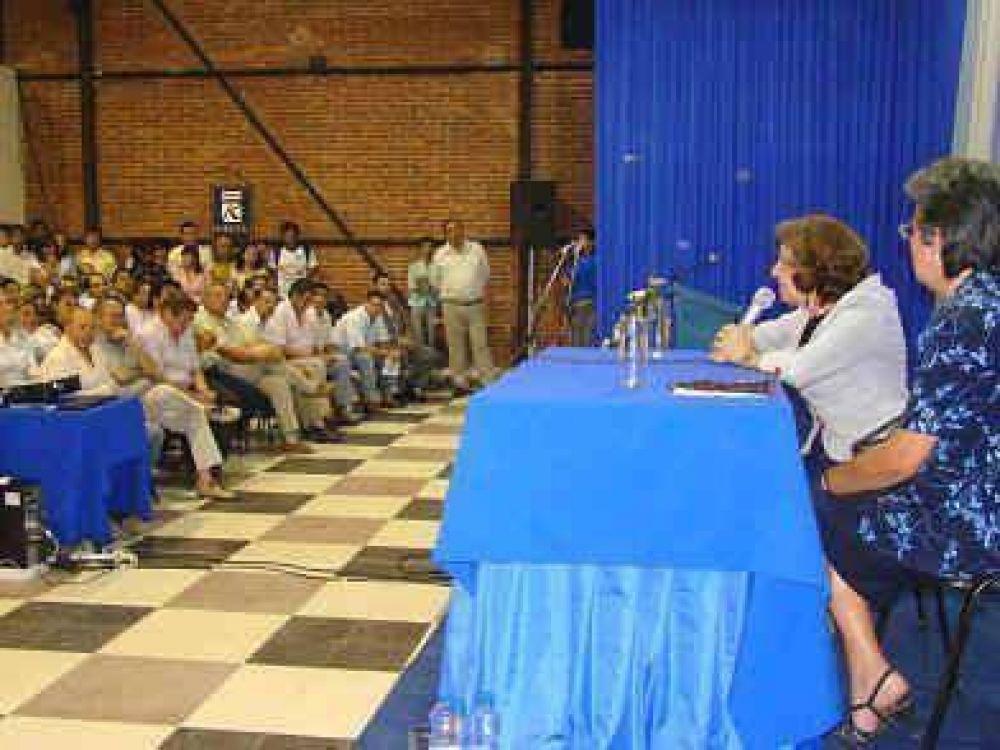 """Araúz dijo que en Formosa se """"construye la memoria activa para edificar una sociedad más justa""""."""